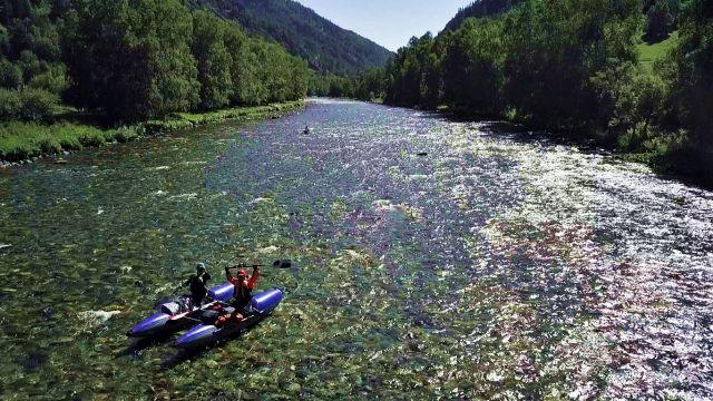 КУМИР.....Это река на Алтае