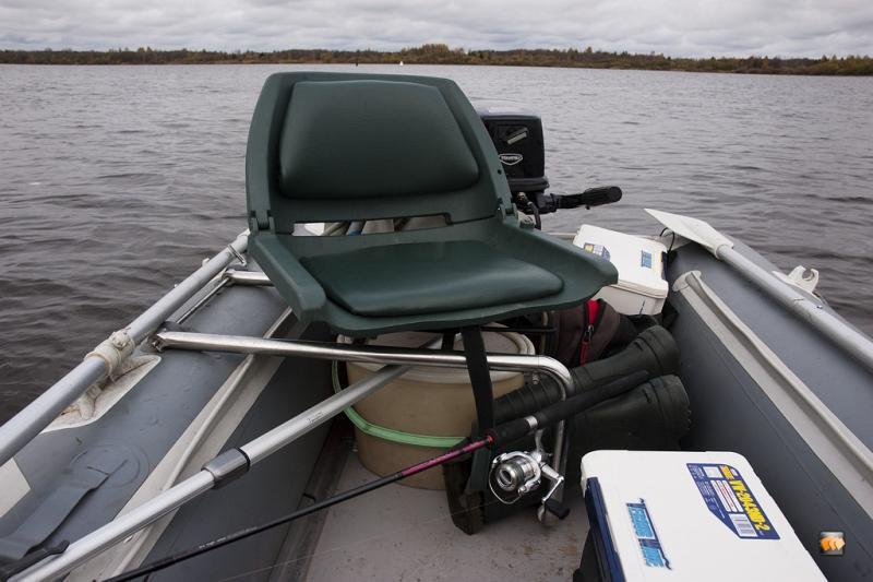пластиковое сидение в лодок пвх своими руками